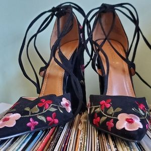 Cherry Blossom 🌸 Pointed Toe Lace Up Heel